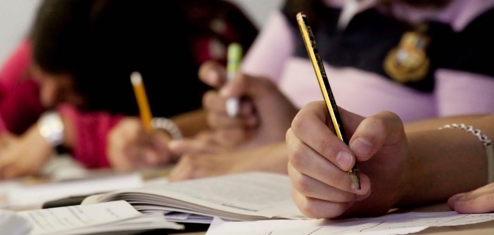 How do you head a college application essay